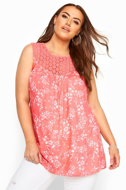 Floral Tops dla puszystych Coral Pink Sleeveless Floral Crochet Top