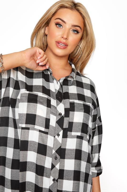 Black Check Oversized Shirt_D.jpg