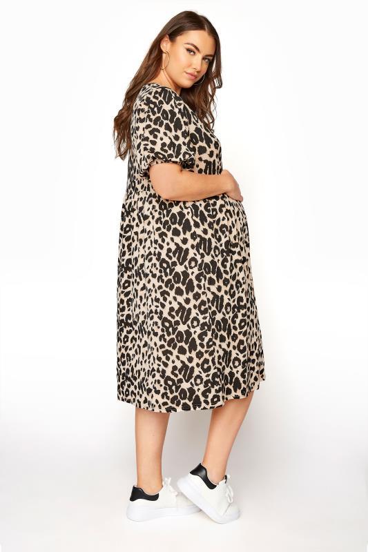 BUMP IT UP MATERNITY Natural Animal Print Wrap Dress_C.jpg