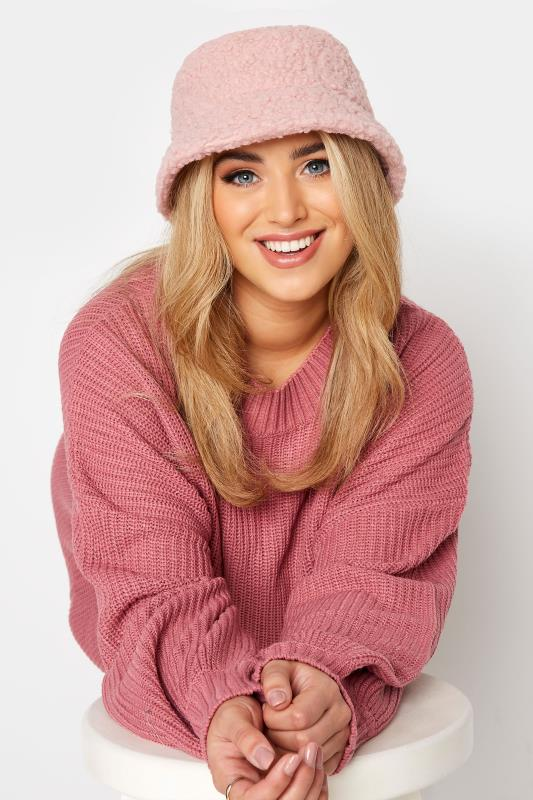 Grande Taille Pink Teddy Bucket Hat