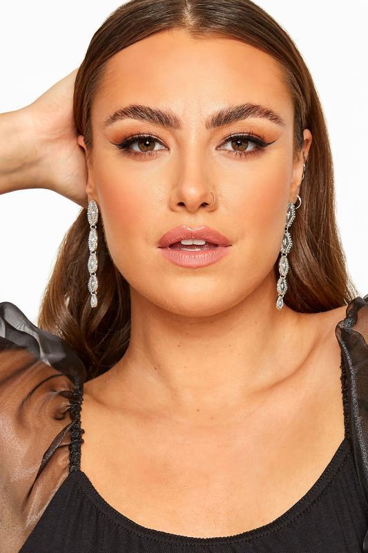 Silver Textured Drop Earrings_A.jpg