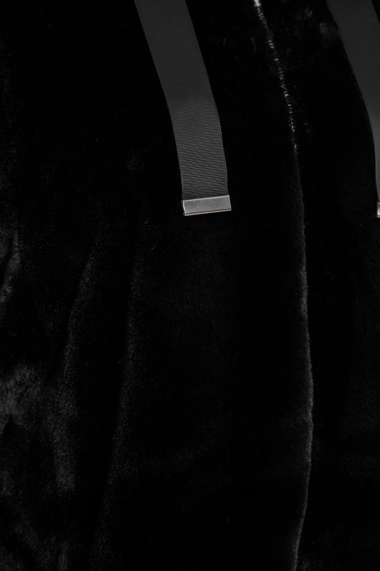 LTS Black Oversized Faux Fur Jacket_S.jpg