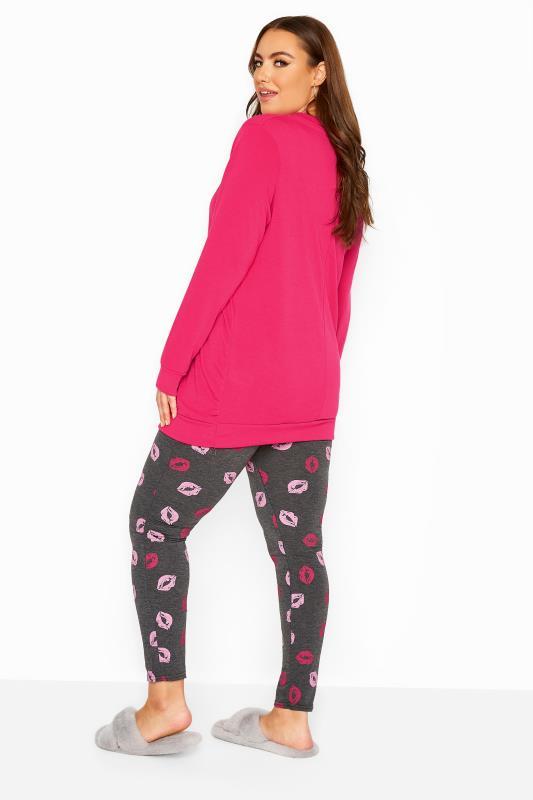 Pyjama-set met 'This Girl Loves Weekends' slogan in roze