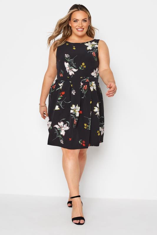 Black Floral Print Skater Dress_A.jpg