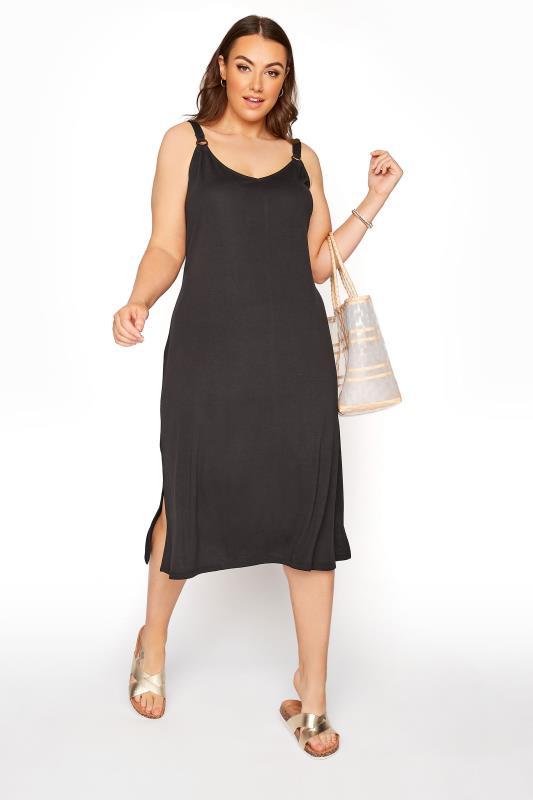 Plus Size  Black Ring Detail Dress