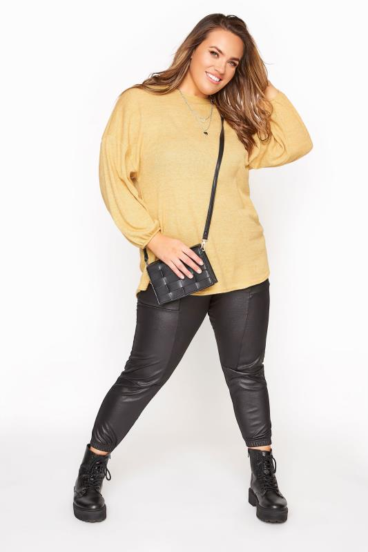 Soft Yellow Dipped Hem Waffle Knitted Top