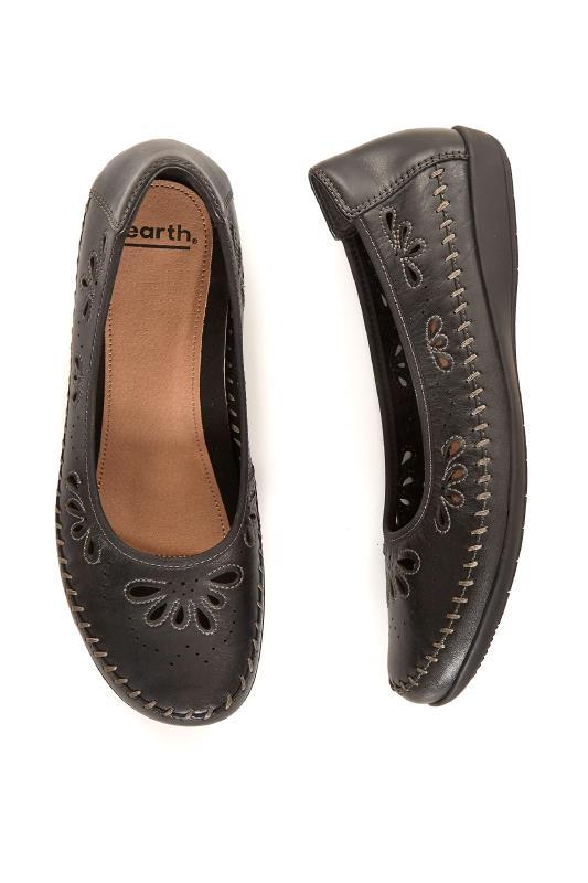 EARTH Black Leather Alder Azza Flat Shoe