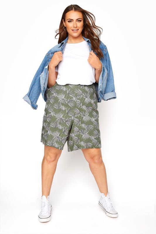 Khaki Palm Print Crinkle Shorts_B.jpg