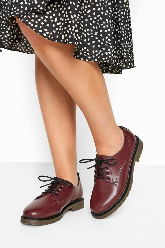 Wide Fit Flat Shoes Burgundy Faux Leather Lace Up Brogues In Extra Wide Fit