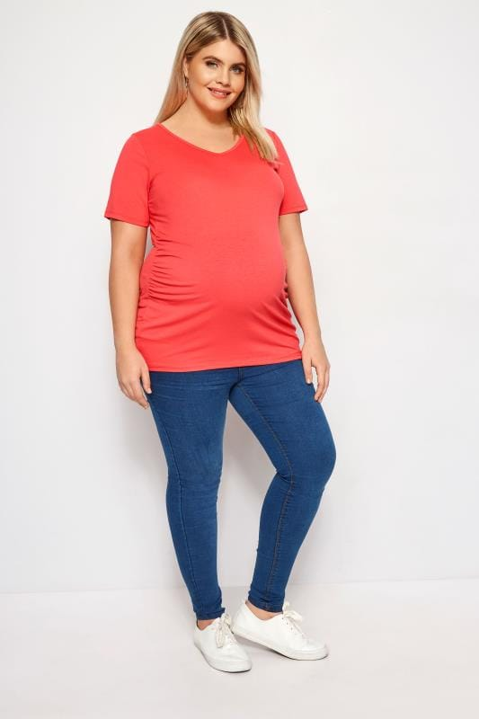 BUMP IT UP MATERNITY Coral V-Neck T-Shirt