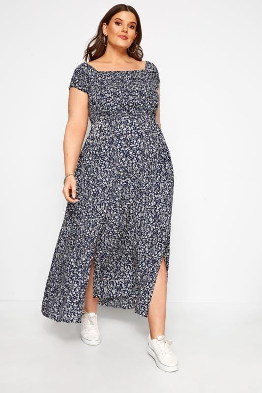 Maternity Dresses dla puszystych BUMP IT UP MATERNITY Navy Ditsy Floral Shirred Maxi Dress