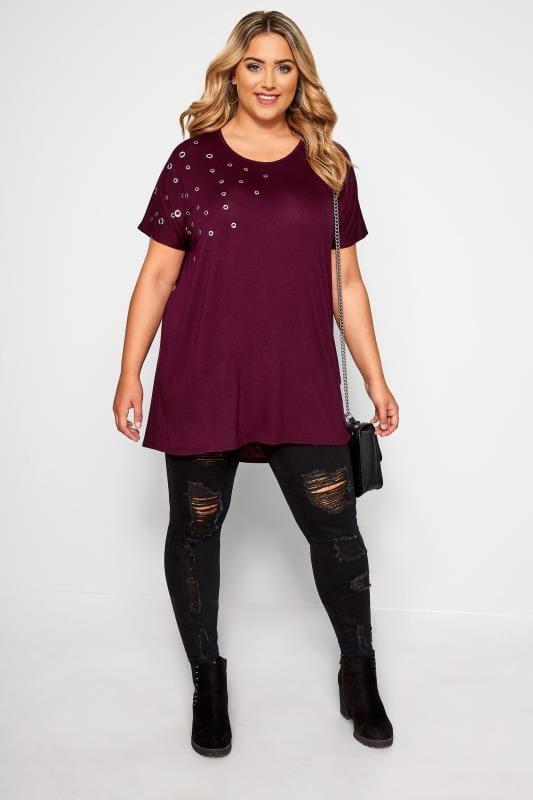 Berry Eyelet Dipped Hem T-Shirt