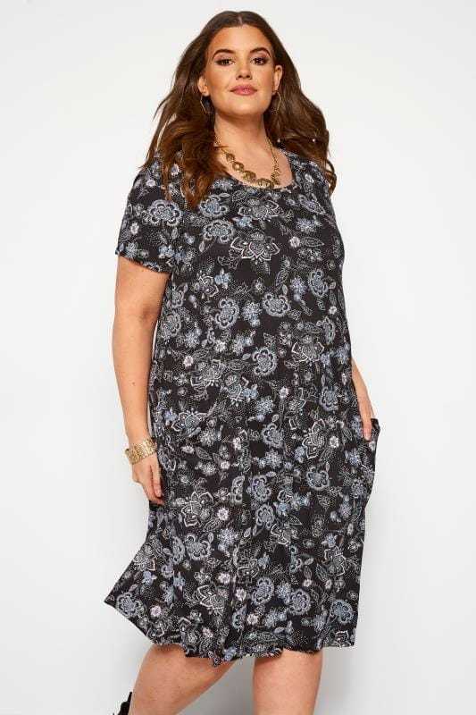 Plus Size Swing Dresses Black & Blue Paisley Drape Pocket Dress