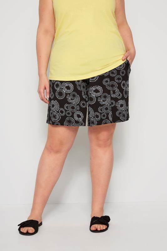 Plus Size Jersey Shorts Black Circular Print Jersey Shorts