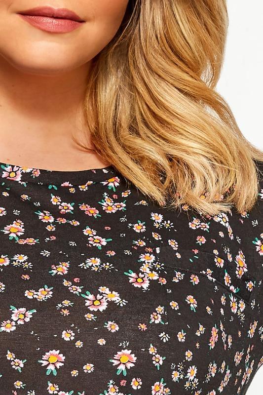 Black Daisy Pocket T-Shirt