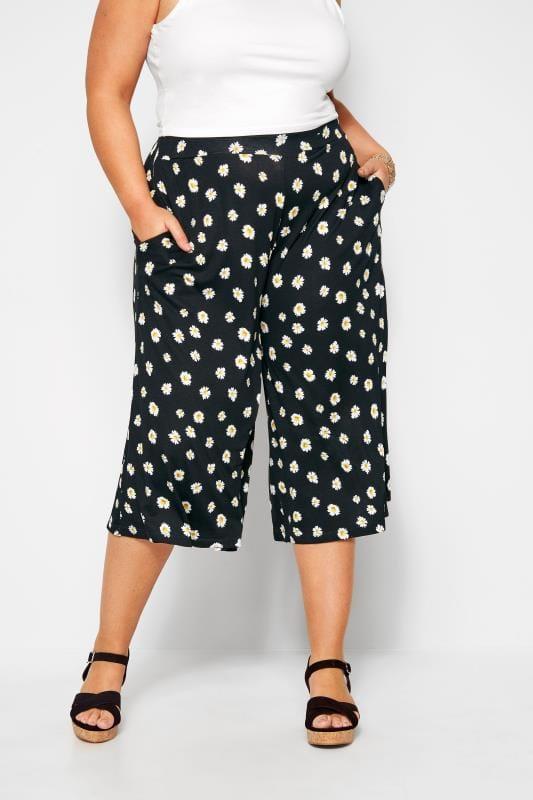 Plus Size Culottes Black Daisy Print Culottes