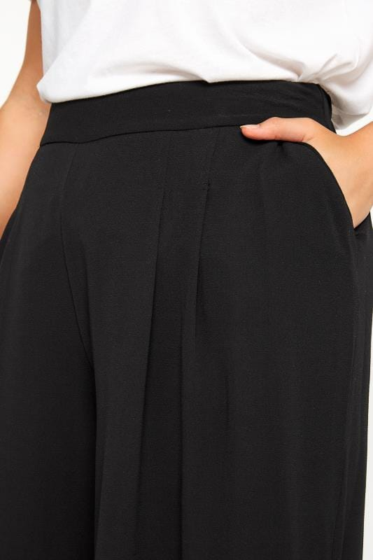 Black Double Pleated Culottes