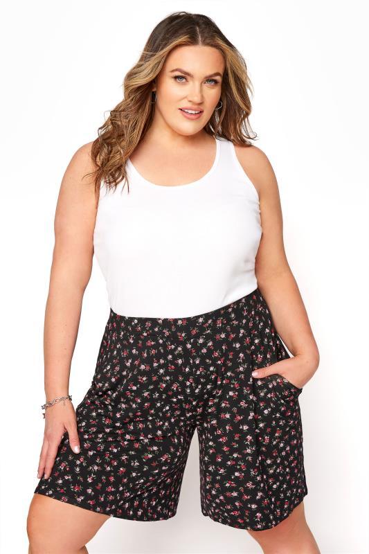 Black Floral Print Jersey Shorts_b8a0.jpg