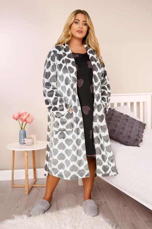 Black Heart Print Nightdress