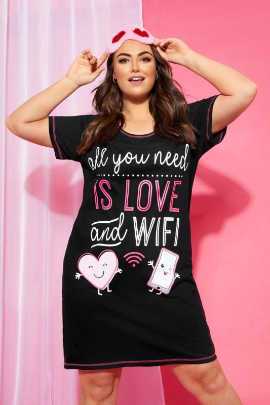 Plus Size Nightdresses & Chemises Black 'Love And Wifi' Slogan Print Nightdress