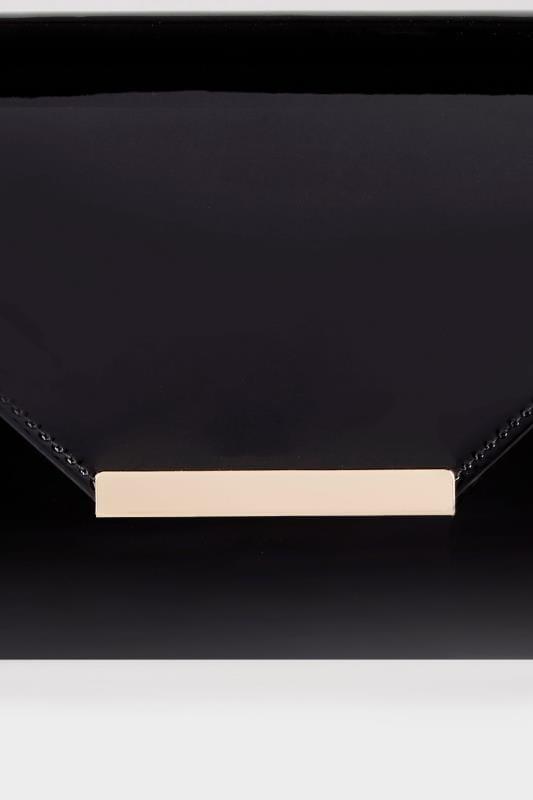 Black Patent Clutch Bag With Chain Shoulder Strap_a88e.jpg