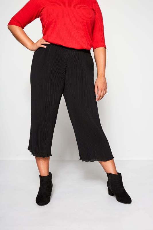 Plus Size Cropped Trousers Black Plisse Cropped Trousers