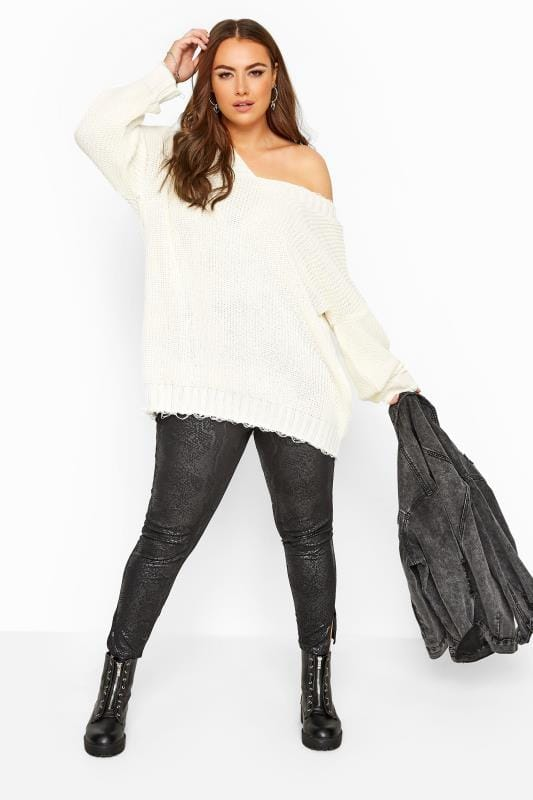 Plus Size Casual / Every Day Black Snake Print Tapered Trousers