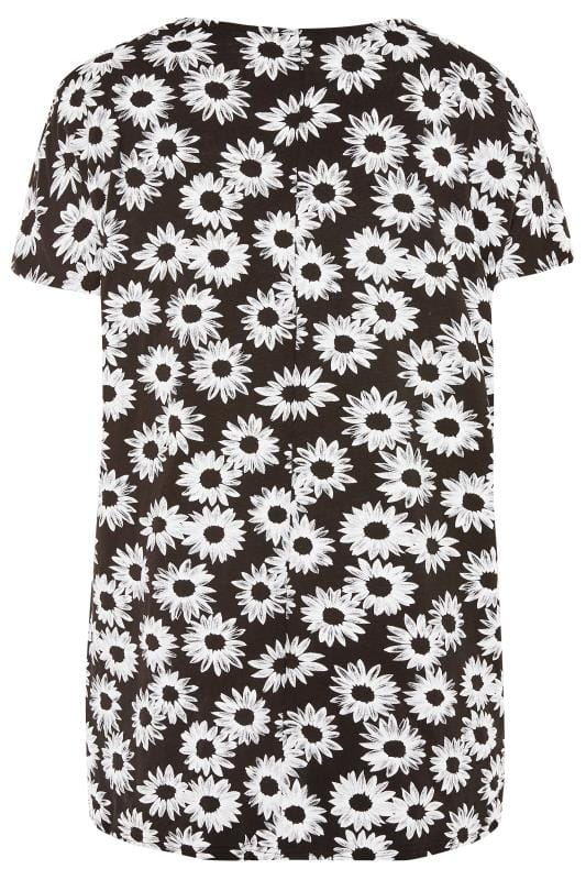 Black & White Large Daisy Dipped Hem T-Shirt