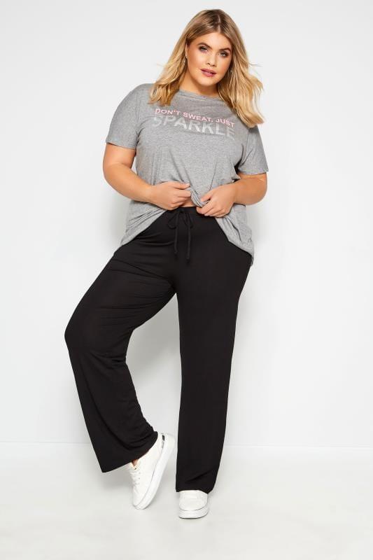Черные спортивные штаны для йоги