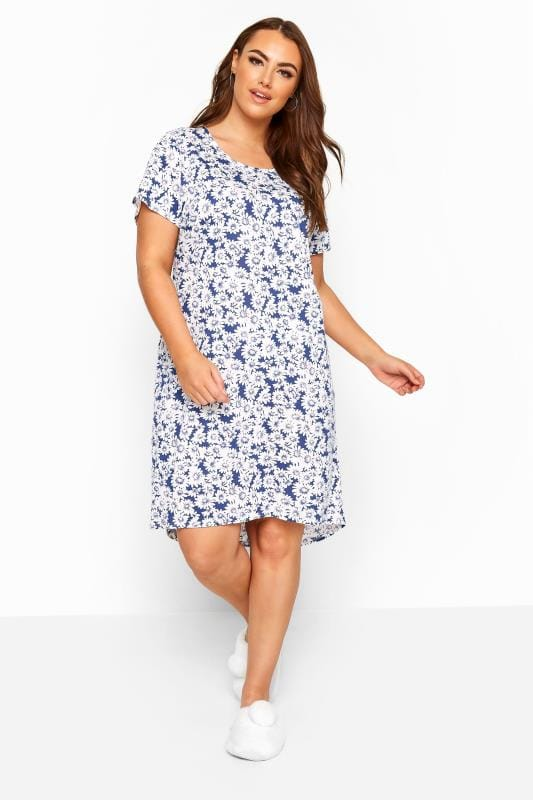 Blue & White Daisy Nightdress