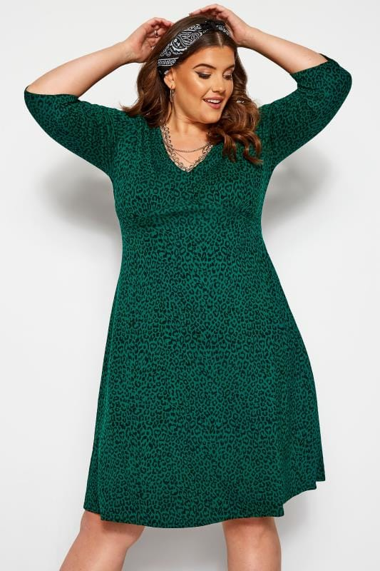 Plus Size Casual Dresses Bottle Green Animal Print Tea Dress
