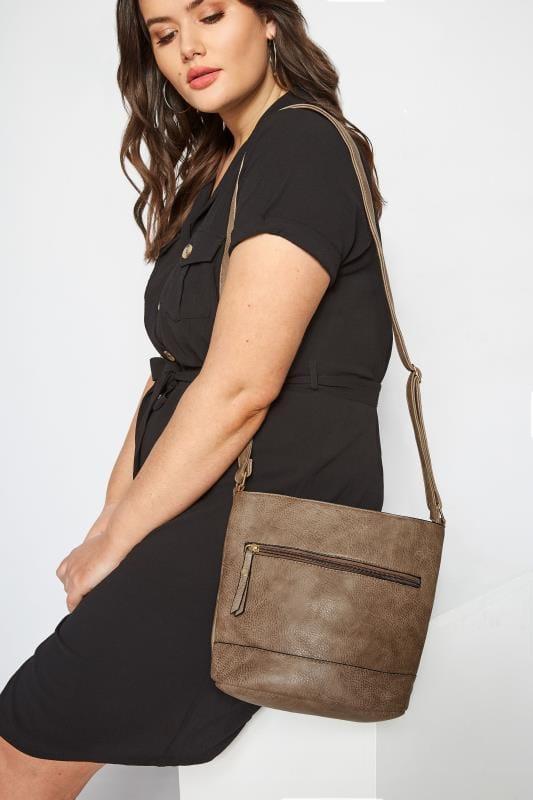 Сумки Коричневая сумка через плечо