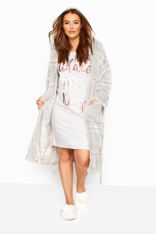 Grey Check Hooded Dressing Gown_ad29.jpg