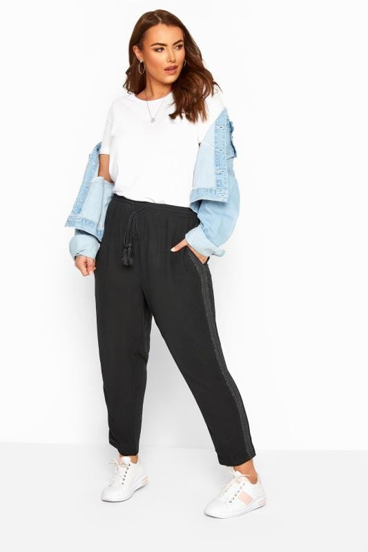 Plus Size Beauty Black Crinkle Embroidered Tapered Trousers
