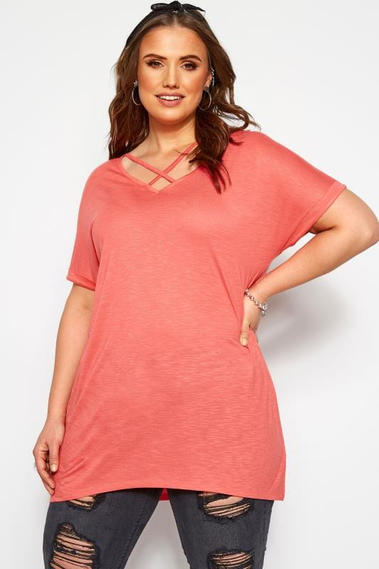 Plus Size T-Shirts Coral Lattice Front Top