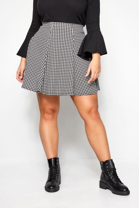 Plus Size Skater Skirts LIMITED COLLECTION Black & White Dogtooth Skater Skirt
