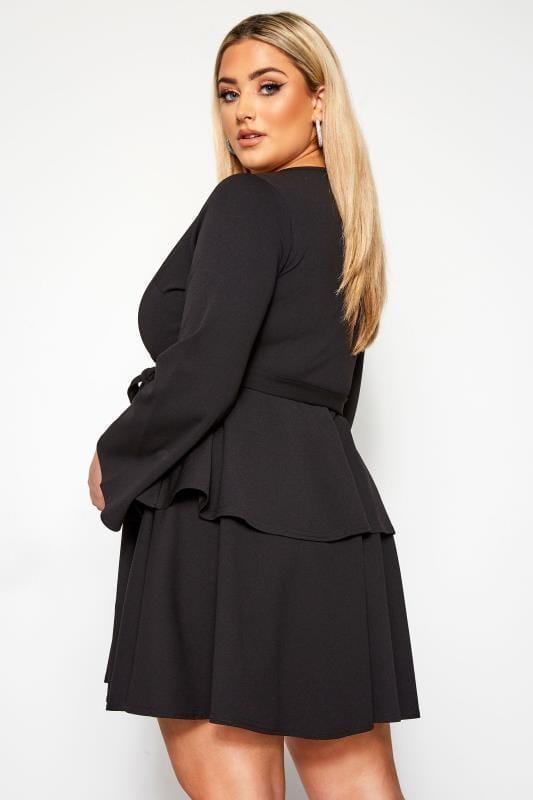 LIMITED COLLECTION Czarna sukienka z falbankami