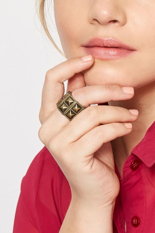 Plus Size Rings Grande Taille Gold Pyramid Stud Ring
