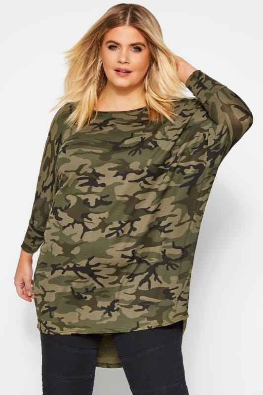 Plus Size T-Shirts Green Camo Print Extreme Dipped Hem Top