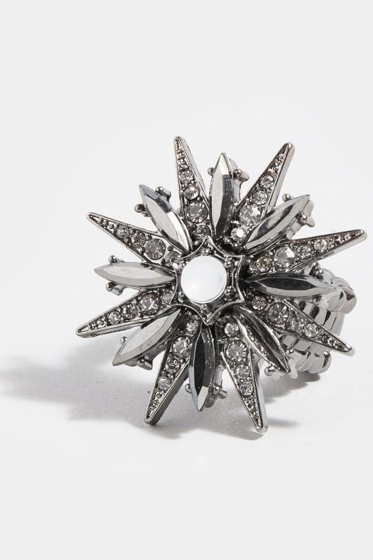 Grey Diamante Star Ring
