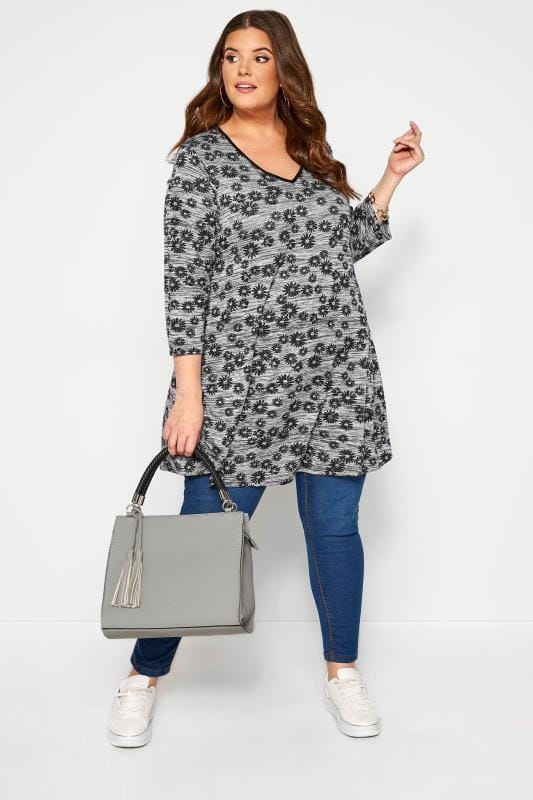 Plus Size Day Tops Grey Marl Daisy Print Swing Top
