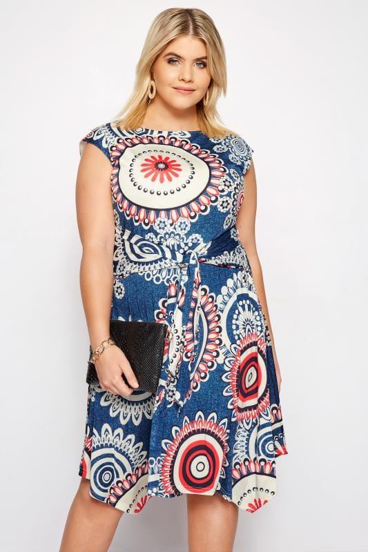 IZABEL CURVE Blue Circle Print Skater Dress