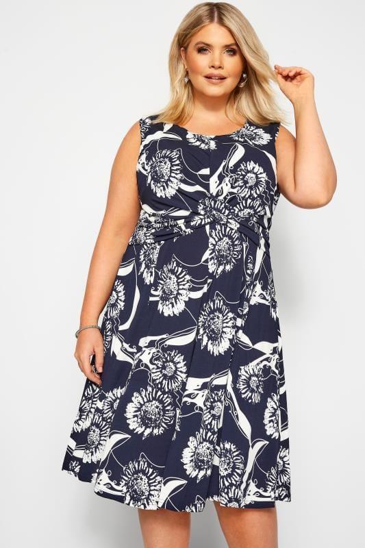 Большие размеры | Floral Dresses IZABEL CURVE Navy Floral Twist Dress