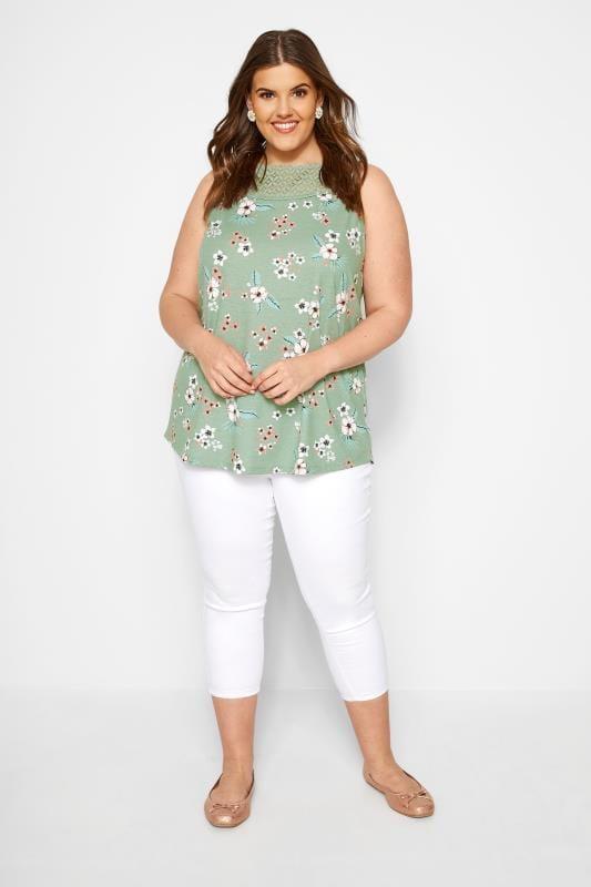 Groene mouwloze top met bloemenprint en sierkant