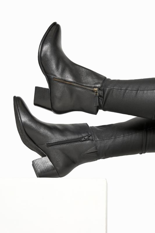 Grande Taille Black Leather Western Ankle Boots In Extra Wide Fit