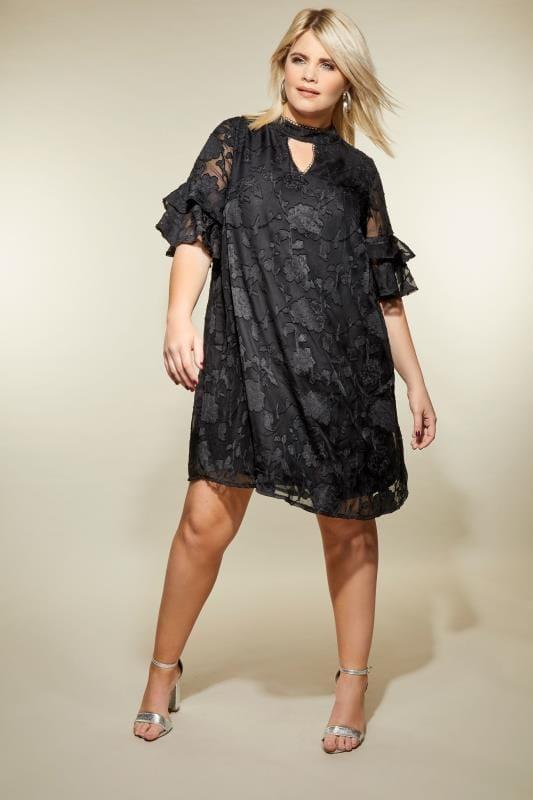 LOVEDROBE Schwarzes Kleid mit Rosenmuster