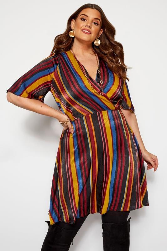 Sukienki z rękawami dla puszystych LOVEDROBE Sukienka satynowa w kolorowe pasy