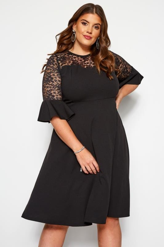 Plus Size Evening Dresses Black Lace Skater Dress With Flute Sleeves