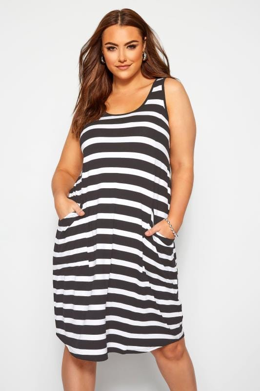 Plus-Größen Black Dresses Black & White Stripe Sleeveless Drape Pocket Dress