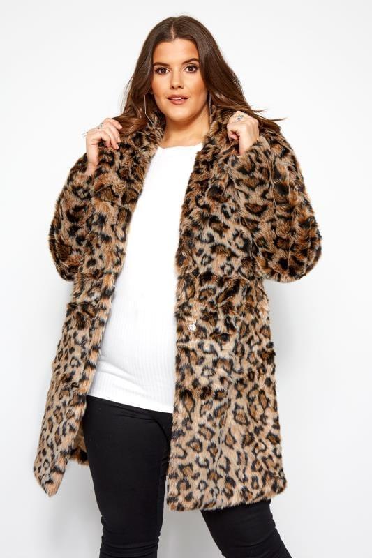 Lichtbruine jas van imitatiebont met dierenprint